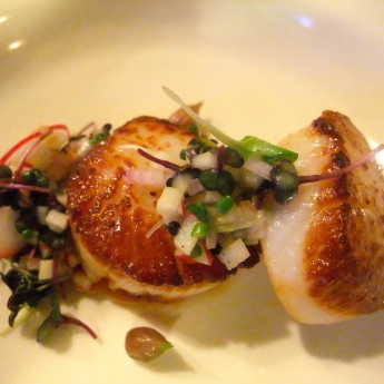 Scallop appetizer at The Pearl Eatery